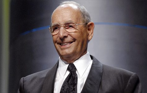 Richard DeVos dies at 92